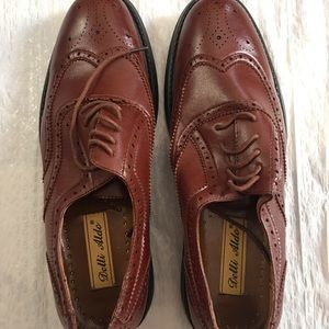ALDO Men's brown lace-up oxford US Size 10